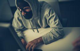 Cybercrimineel probeert bedrijfsgegevens te stelen